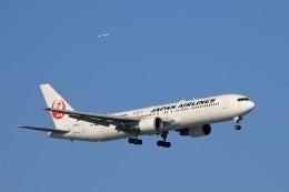 ペア ドゥさんが、新千歳空港で撮影した日本航空 767-346/ERの航空フォト(写真)
