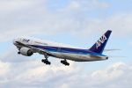 213atさんが、伊丹空港で撮影した全日空 777-281の航空フォト(写真)