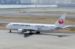 ぎんじろーさんが、羽田空港で撮影した日本航空 767-346の航空フォト(写真)