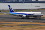 こだしさんが、羽田空港で撮影した全日空 777-281/ERの航空フォト(写真)