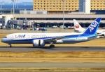 あしゅーさんが、羽田空港で撮影した全日空 787-881の航空フォト(写真)