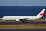 ハンバーグ師匠さんが、羽田空港で撮影した日本航空 767-346の航空フォト(写真)
