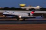 shining star ✈さんが、伊丹空港で撮影したアイベックスエアラインズ CL-600-2C10 Regional Jet CRJ-702の航空フォト(写真)