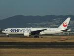 Dogma13463さんが、伊丹空港で撮影した日本航空 777-246の航空フォト(写真)