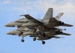 new_2106さんが、厚木飛行場で撮影したアメリカ海兵隊 F/A-18D Hornetの航空フォト(写真)
