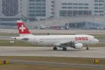 pringlesさんが、チューリッヒ空港で撮影したスイスインターナショナルエアラインズ A320-214の航空フォト(写真)