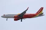 ★azusa★さんが、シンガポール・チャンギ国際空港で撮影したベトジェットエア A320-214の航空フォト(写真)