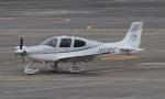ぱぴぃさんが、名古屋飛行場で撮影した個人所有 SR22 G3-GTSXの航空フォト(写真)
