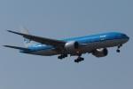 木人さんが、成田国際空港で撮影したKLMオランダ航空 737-7K2の航空フォト(写真)