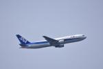 ひこ☆さんが、中部国際空港で撮影した全日空 767-381の航空フォト(写真)