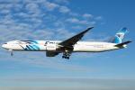 よしぱるさんが、ロンドン・ヒースロー空港で撮影したエジプト航空 777-36N/ERの航空フォト(写真)