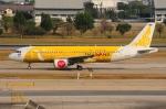 ぼんやりしまちゃんさんが、ドンムアン空港で撮影したタイ・エアアジア A320-214の航空フォト(写真)