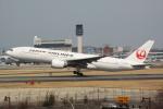 JA7NPさんが、伊丹空港で撮影した日本航空 777-289の航空フォト(写真)