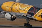 まんぼ しりうすさんが、伊丹空港で撮影した全日空 777-281/ERの航空フォト(写真)