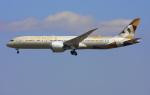 VICTER8929さんが、成田国際空港で撮影したエティハド航空 787-9の航空フォト(写真)