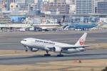 Billyさんが、福岡空港で撮影した日本航空 777-289の航空フォト(写真)