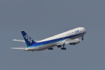 ミッキー2016さんが、中部国際空港で撮影した全日空 767-381の航空フォト(写真)