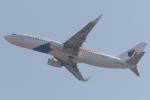 木人さんが、成田国際空港で撮影したマレーシア航空 737-8H6の航空フォト(写真)