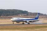 くろネコさんが、庄内空港で撮影した全日空 767-381/ERの航空フォト(写真)
