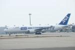 水月さんが、関西国際空港で撮影した全日空 767-381/ERの航空フォト(写真)