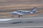 tutomuさんが、岡山空港で撮影した朝日航空 Baron G58の航空フォト(写真)