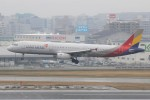 masa707さんが、福岡空港で撮影したアシアナ航空 A321-231の航空フォト(写真)