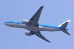 多楽さんが、成田国際空港で撮影したKLMオランダ航空 777-206/ERの航空フォト(写真)