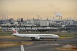 saku39さんが、羽田空港で撮影した日本航空 777-346/ERの航空フォト(写真)