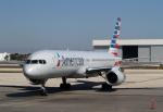 Kinyaさんが、マイアミ国際空港で撮影したアメリカン航空 757-223の航空フォト(写真)