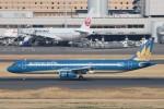 B747‐400さんが、羽田空港で撮影したベトナム航空 A321-231の航空フォト(写真)