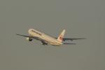Mochi7D2さんが、羽田空港で撮影した日本航空 777-246の航空フォト(写真)