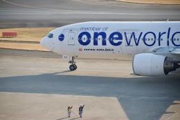 shiraponさんが、羽田空港で撮影した日本航空 777-246の航空フォト(写真)