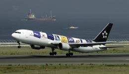 planetさんが、中部国際空港で撮影した全日空 767-381の航空フォト(写真)