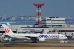 sukiさんが、羽田空港で撮影した日本航空 777-246の航空フォト(写真)