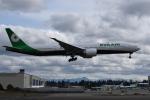 romyさんが、ペインフィールド空港で撮影したエバー航空 777-300の航空フォト(写真)