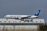 Mochi7D2さんが、成田国際空港で撮影した全日空 767-381Fの航空フォト(写真)
