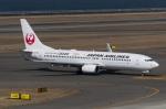 zibaさんが、中部国際空港で撮影した日本航空 737-846の航空フォト(写真)