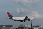 ぷぅぷぅまるさんが、成田国際空港で撮影したデルタ航空 747-451の航空フォト(写真)