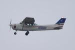 shining star ✈さんが、嘉手納飛行場で撮影したKadena aero club 172の航空フォト(写真)