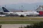 空軍一號さんが、台湾桃園国際空港で撮影したチャイナエアライン 747-409の航空フォト(写真)