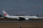 senchouさんが、伊丹空港で撮影した日本航空 777-289の航空フォト(写真)