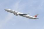 JA7NPさんが、伊丹空港で撮影した日本航空 777-346の航空フォト(写真)