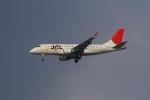 ayakahanさんが、伊丹空港で撮影したジェイ・エア ERJ-170-100 (ERJ-170STD)の航空フォト(写真)