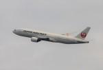 青春の1ページさんが、伊丹空港で撮影した日本航空 777-289の航空フォト(写真)