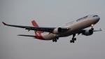 redbull_23さんが、成田国際空港で撮影したカンタス航空 A330-303の航空フォト(写真)