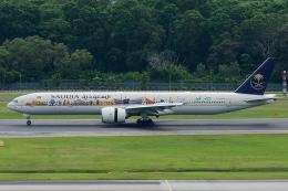 Tomo-Papaさんが、シンガポール・チャンギ国際空港で撮影したサウディア 777-368/ERの航空フォト(写真)