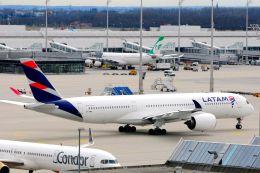 まいけるさんが、ミュンヘン・フランツヨーゼフシュトラウス空港で撮影したカタール航空 A350-941XWBの航空フォト(写真)