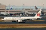 Wasawasa-isaoさんが、羽田空港で撮影した日本航空 777-289の航空フォト(写真)