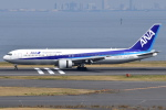 Timothyさんが、羽田空港で撮影した全日空 767-381/ERの航空フォト(写真)
