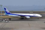 Timothyさんが、羽田空港で撮影した全日空 777-281/ERの航空フォト(写真)